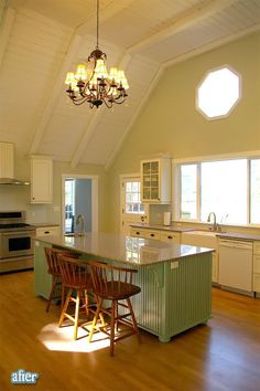 Better After: Jayna's Kitchen of Lust. While it looked pretty nice with the darker wood, the white ceiling really keeps it light and airy!