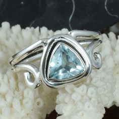 FINE JEWELLERY 925 STERLING SILVER AMAZING Blue Topaz RING 4.17g DJR9699 SZ-7.5 #Handmade #Ring