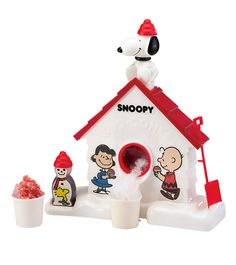 Retro Snoopy Sno-Cone Machine - Wow taking it back to my childhood!
