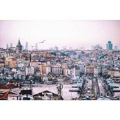 """Istanbul! I loved every tiny detail of this place."" photo by @Morgan Stone  #istanbul #turkey #comeseeturkey #turkiyeodalarveborsalarbirligi #theunionofchambersandcommodityexchangesofturkey #tccumhurbaskanligi #tobb #Padgram"