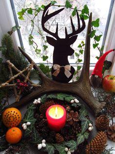 Yule altar 2016 / Yuletide / Winter solstice / Midwinter / Wicca altar