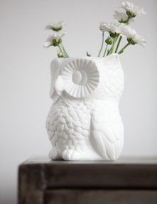 Owl vase from www.bodieandfou.com