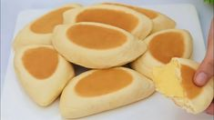 ROTI KRIM CUSTARD VANILLA TANPA OVEN - YouTube Custard Buns, Vanilla Custard, Real Food Recipes, Baking Recipes, Cream Bun, Desserts With Biscuits, Baked Chicken Wings, Just Bake, Food Obsession
