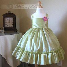 Pretty Ball Gown Square Knee-length Scalloped Edge Flower Girl Dress