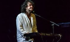 Interview with Darren Wharton (Vocals, Keyboards) (Dare,Thin Lizzy)