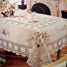 Льняная скатерть с вышивкой Crochet Table Runner Pattern, Crochet Tablecloth, Crochet Doilies, Hand Crochet, Lace Tablecloth Wedding, Crochet Bedspread, Drop Cloth Curtains, Lace Table Runners, Vintage Tablecloths