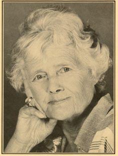 Daphne du Maurier, Writer, 1907 – 1989 – Fowey Harbour Heritage ...
