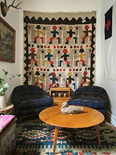 How to Hang Vintage Textiles on the Walls (Rugs, Quilts, and More)