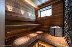 Kaikki kuvat   Oikotie Beach House, Stairs, Saunas, Home Decor, Beach Homes, Stairway, Decoration Home, Room Decor, Staircases