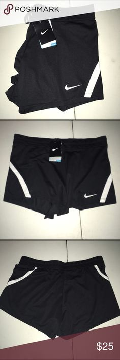 Nike dri-fit Shorts NWT Size Large Nike dri-fit Shorts NWT Size Large tag came off of shorts in shopping bag so it will be mailed with them but not attached to them Nike Shorts