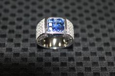 Shop diamond engagement rings, loose diamonds, gemstones and designer jewelry for sale from local and online sellers. Gemsby is North America's fastest growing diamond, gem & designer jewelry marketplace. Round Diamonds, Jewelry Stores, Diamond Engagement Rings, Rings For Men, Jewelry Design, Buy And Sell, Wedding Rings, Gemstones, Stuff To Buy