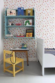 42 Charming Desk Space Design Ideas That Suitable For Kids