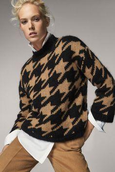 Baby Knitting Patterns, Vogue Fashion, Fashion Brand, Harris Tweed Fabric, Knitwear Fashion, Cardigans For Women, Houndstooth, Knit Crochet, Lady
