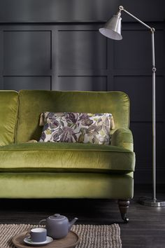 Miraculous 12 Best Velvet Sofas Images In 2019 Button Sofa Home Interior And Landscaping Mentranervesignezvosmurscom