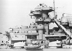 Bismarck - Gallery - Theme - Port - Midship Section 1