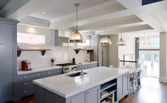 Transitional_Triumph_Kitchen_1