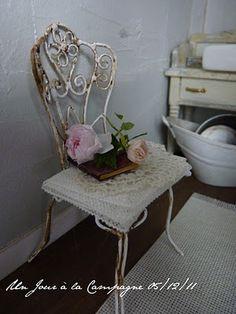 *♥ Atelier de Léa - Un Jour à la Campagne ♥*: Villa des Roses ♥ Shabby and romantic French bathroom ♥