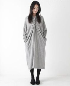 Comfy and loose draping. I have a special love for grey!