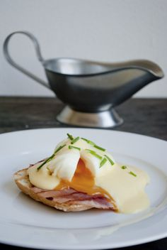 Eggs benedict - Season with love