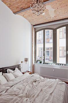 Fantastic Frank - Berlin Loft bedroom - Styling by Babette Fischer; Photo by Daniele Ansidei