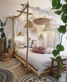 via Loving this nature inspired bedroom by Do you a.- via Loving this nature inspired bedroom by Do you a… via Dream Rooms, Dream Bedroom, Home Bedroom, Bedroom Ideas, Bed Ideas, Modern Bedroom, Bali Bedroom, Garden Bedroom, Bedroom Pictures
