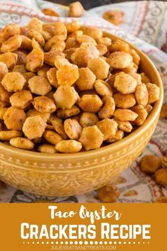 Looking for the best snack recipe while doing the countdown for new year? Try this Taco Oyster Crackers Recipe. It's Quick, Easy Snack Mix Recipe that's Got a Kick to it! No One Will Be Able to Stop Munching on These! Oyster Cracker Snack, Seasoned Oyster Crackers, Spicy Crackers, Crackers Appetizers, Fire Crackers, Homemade Crackers, Homemade Sushi, Party Appetizers, Snack Mix Recipes