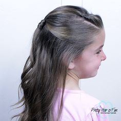 Half Up Hairstyle + Bobby Pin Roll : Pretty Hair is Fun Pretty Hairstyles, Easy Hairstyles, Girl Hairstyles, Back To School Hairstyles, Princess Hairstyles, Halloween Hair, Holiday Hairstyles, Braided Ponytail, Half Up