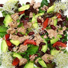 "Gefällt 43 Mal, 3 Kommentare - Rick van Elswijk (@rickvanelswijk) auf Instagram: ""I made a delicious tuna #salad with avocado, red kidney beans, baby leaf #lettuce #tuna, tomatoes,…"""