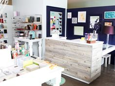 "Love this sales counter, checkout desk, cash wrap.. ""driftwood or barn boards??"""