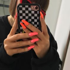 Victoria on International Hot Girl and Bikini Coral . Neon Pink Nails, Bright Summer Acrylic Nails, Best Acrylic Nails, Coral Acrylic Nails, Nail Summer, Perfect Nails, Gorgeous Nails, Pretty Nails, Uñas Color Coral