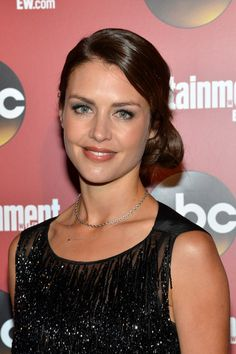 Hannah Ware attends the Entertainment Weekly & ABC-TV Upfronts Party ...