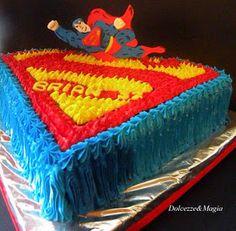 Dolcezze e Magia: Superman Cake