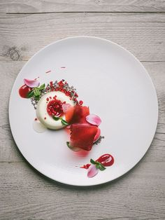 White chocolate mousse with prosecco and raspberry by chefs Paulo Airaudo and Francesco Gasbarro of La Bottega. © Alex Teuscher - See more at: theartofplating.c...