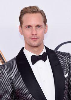 ¿Se puede pedir algo más? Esta semana nos quedamos con él como caballero con el que soñar. Los motivos sobran. #ellos #hombres #guapos #sexys #cuerpo #actores