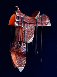 The 2013 TCAA collaborative project from Pedro Pedrini and Dave Adlerson. Come to Cowboy Crossings at see what it's all about! Barrel Racing Saddles, Barrel Racing Horses, Barrel Horse, Western Saddles For Sale, Western Horse Tack, Wade Saddles, Horse Saddles, Horse Gear, Horse Tips