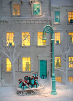 Tiffany and CO window #nyc #holidays #tiffanys