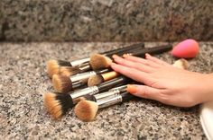 Quick video on what to use to clean and sanitize your makeup brushes! Bonner's Castile Soap (Lavender and Pepper. Weekend Workout, Beauty Blender Video, Beauty Hacks Video, Beauty Nails, Beauty Makeup, What To Use, How To Make, Beauty Hacks Eyeliner, Vegetable Nutrition