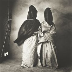 Irving Penn. Guedras in the Wind, Morocco (The Art Institute of Chicago)