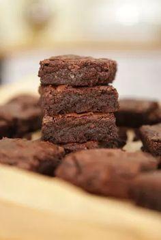 Faça um doce diferente e com chocolate bem concentrado