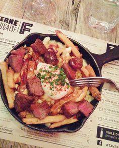Le weekend dernier on a eu la chance de goûter en primeur à la poutine Bitoque de @taverne_f préparée spécialement pour la Poutine Week. Steak infusé au thym et à l'ail sauce au vin blanc oeuf poché fromage São Jorge... DÉ-LI-CIEUX! Retrouvez les 10 restaurants à tester lors de #LaPoutineWeek (du 1er au 7 février) au lien dans notre bio. #TaverneF #PoutineWeek #Poutine #ELLEàtable  via ELLE QUEBEC MAGAZINE OFFICIAL INSTAGRAM - Fashion Campaigns  Haute Couture  Advertising  Editorial…