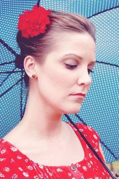 flower hair pins + umbrellas!
