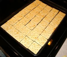 Saltine Cracker Toffee Bars