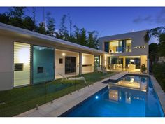 Photo of a freeform pool from a real Australian home - Pool photo 399381