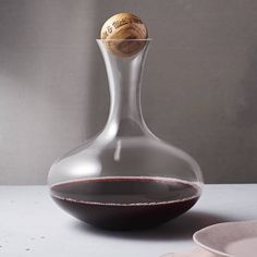 Are you interested in our personalised glass and tableware? With our Wine Carafe With Personalised Oak Stopper you need look no further.