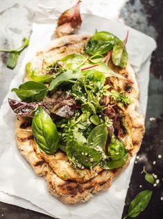 Rezepte Archive - Justine kept calm & went vegan Veggie Recipes, Healthy Recipes, Veggie Food, Vegan Blog, Naan Flatbread, Dinner Is Served, Savory Snacks, Healthy Cooking, Stay Healthy