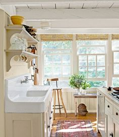 This old sink is fantastic.
