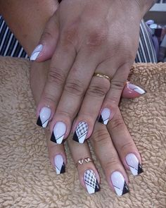 Great Ideas For Holiday Nails – Page 1520241817 – NaiLovely Classy Nail Designs, Ombre Nail Designs, Acrylic Nail Designs, Faded Nails, Grunge Nails, Classy Nails, Stylish Nails, Cute Acrylic Nails, Glitter Nails