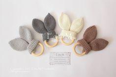Crochet baby teether teether teether rabbit ears eco-friendly teether gift for baby baby shower gift Wooden Teething Ring, Teething Jewelry, Teething Toys, Baby Shower Gifts, Baby Gifts, Soft Towels, Baby Teethers, Newborn Crochet, Crochet Bunny