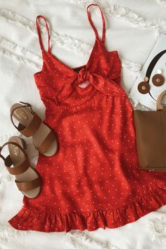 Santorini Red Polka Dot Tie-Front Dress Source by lulusdotcom dresses summer Cute Dresses, Casual Dresses, Cute Outfits, Red Dress Casual, Long Dresses, Beautiful Dresses, Dress Outfits, Prom Dresses, Spring Summer Fashion