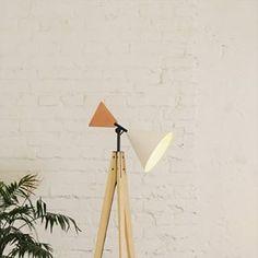Ubikubi (@ubikubi) • Instagram photos and videos Tripod Lamp, Interior Inspiration, Floor Lamp, Copper, Warm, Photo And Video, Lighting, Videos, Photos
